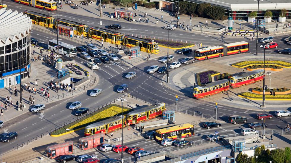 Узаконили новые правила проезда круговых перекрёстков
