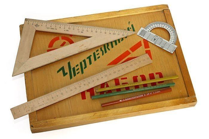 Школьные принадлежности в СССР