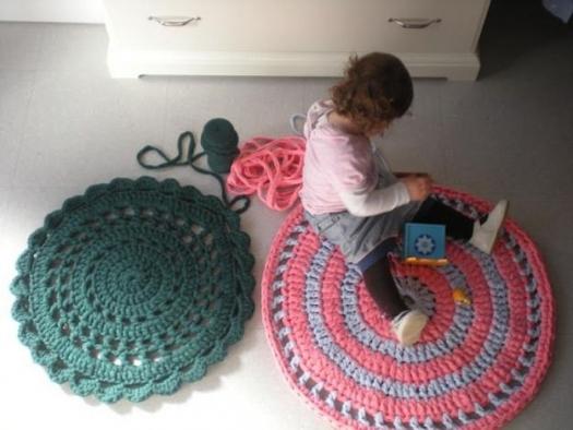 Два симпатичных коврика из футболочной пряжи. МК