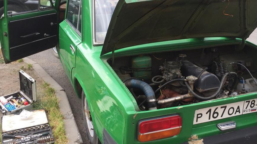 Если объединить «Запорожец» и ВАЗ-2103, то получится что-то вроде этой самоделки автомобили