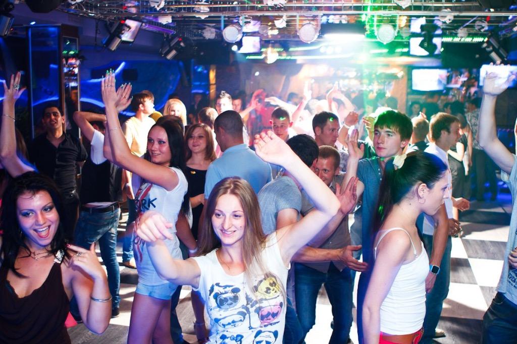 Трагедия в ночном клубе: кто…