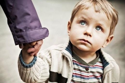 Бабушку, пожалуйста, не отдавай меня в детский дом. Ведь я никому не нужен, ни маме, ни папе