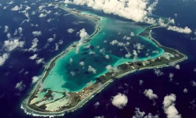 Новый остров в центре океана