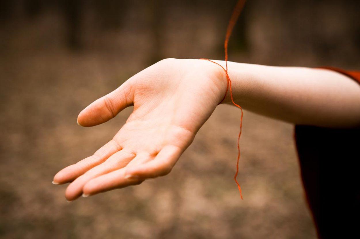 Красная нить — богопротивное суеверие
