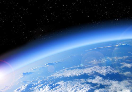 Загрязнения от кораблей создают видимые из космоса облака