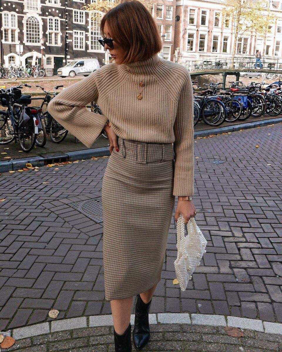 Свитер с юбкой: 12 стильных сочетаний