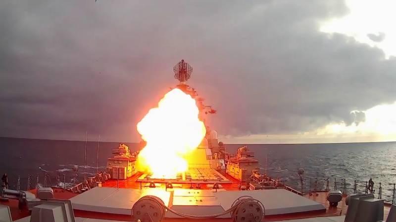 Схватка атомного крейсера с линкором