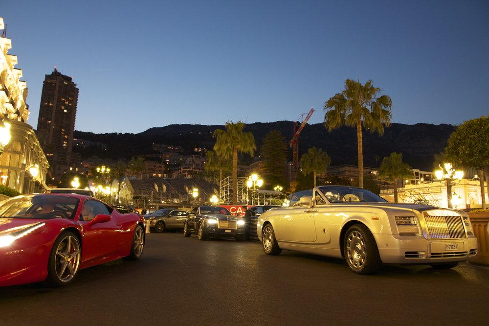 Cуперкары на улицах Монте-Карло