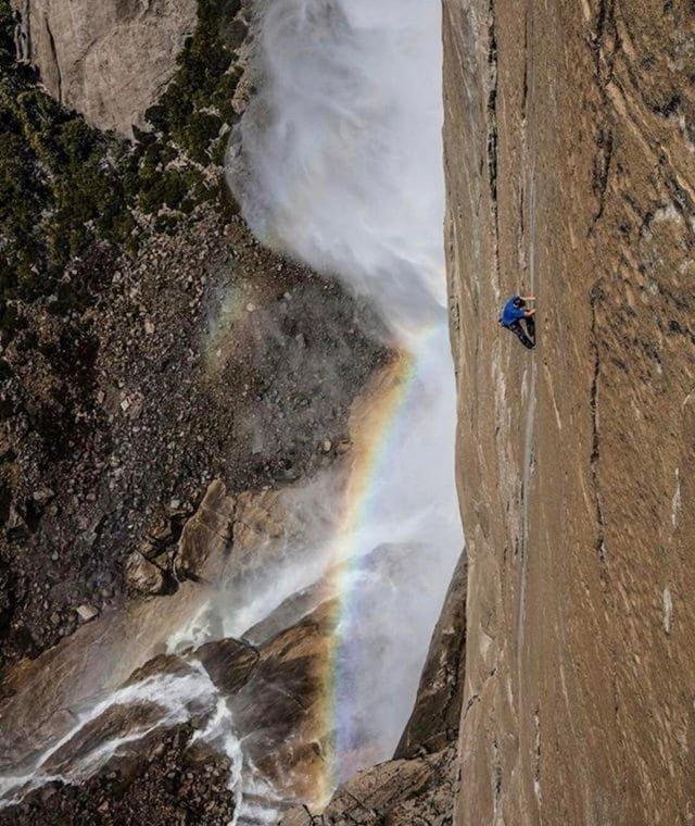 1. Алекс Хоннольд забирается на гору в Йосемити без верёвки! в мире, высота, кадр, красота, люди, фото