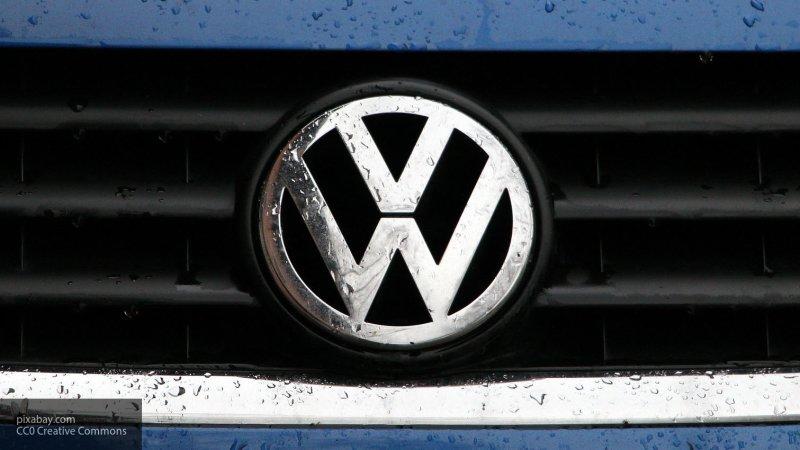 Первое изображение нового Volkswagen Golf появилось в Сети