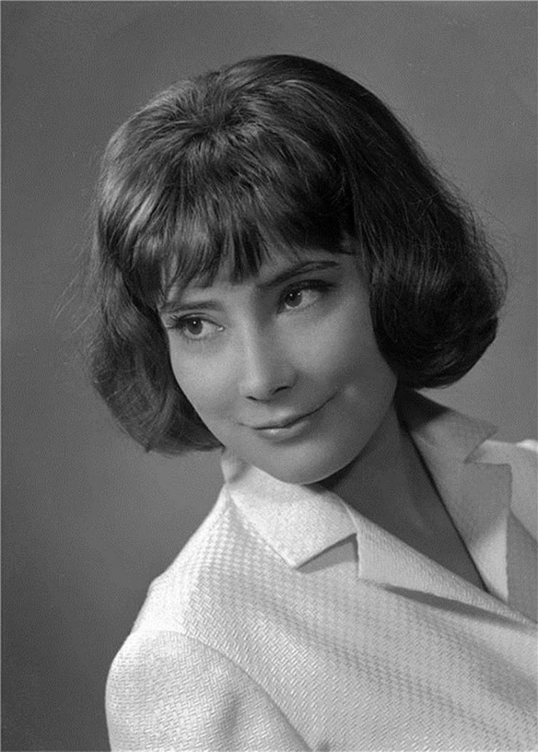 вмиг фото самых известных народных актрис используется для