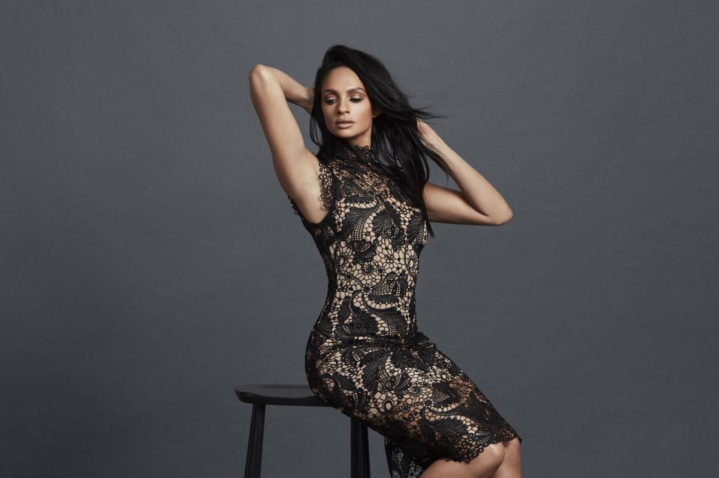 Вечернее платье-футляр. Как выбрать идеальное?