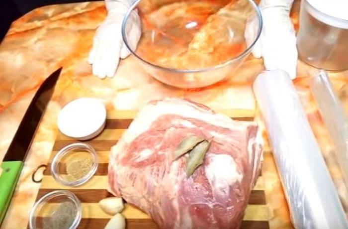 Простой рецепт домашней колбасы