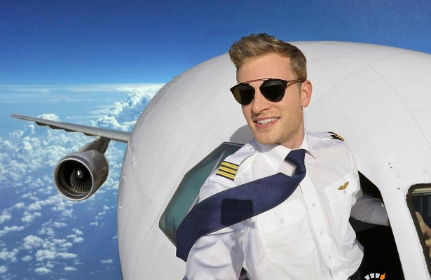 Картинки по запросу Красивый летчик