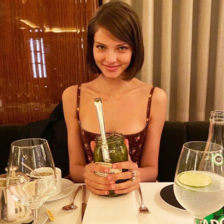 Алеся Кафельникова подтвердила роман с экс-женихом Светланы Ходченковой Звезды,Звездные пары