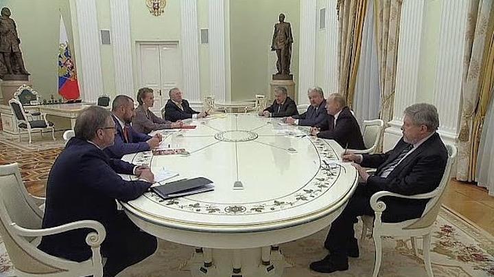Эдуард Лимонов: Пришли на зов Путина