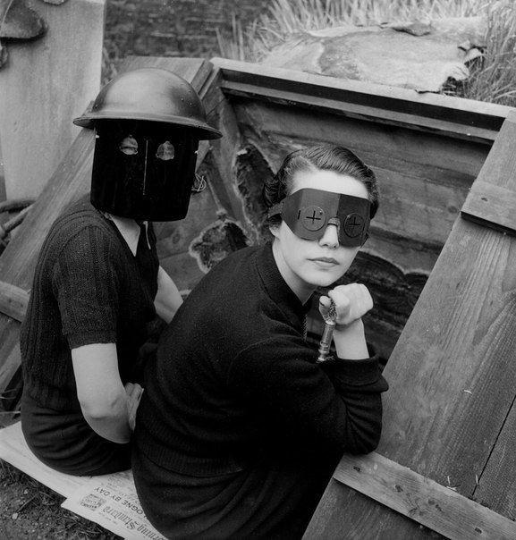 Девушки в сварочных масках. Англия, Лондон, 1941 год история, картинки, фото
