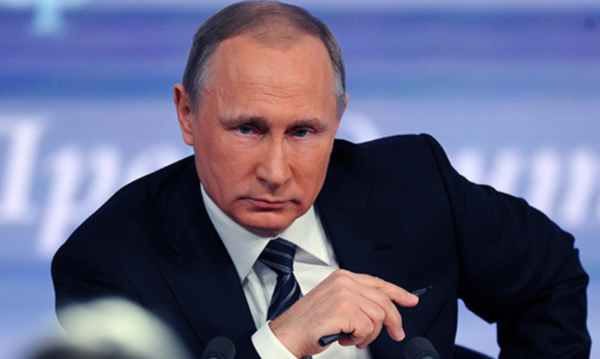 «Мало не покажется никому»: Путин пообещал жестко ответить за сбитый российский самолет