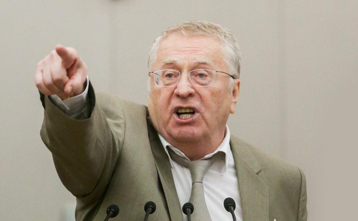 Жириновский впервые промок до нитки и предложил разогнать Мосгидромет