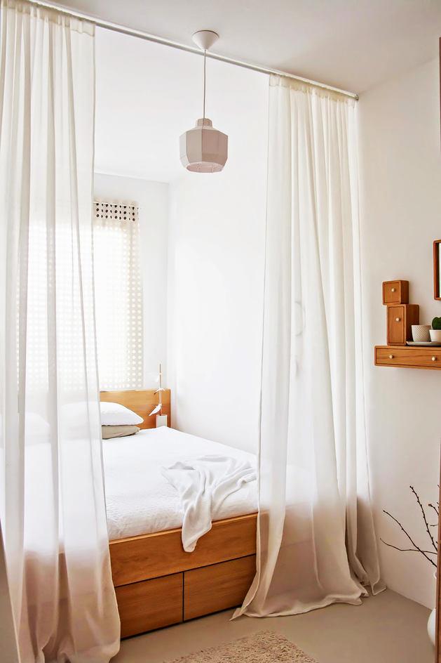 Мебель и предметы интерьера в цветах: желтый, светло-серый, бордовый, коричневый, бежевый. Мебель и предметы интерьера в стиле экологический стиль.