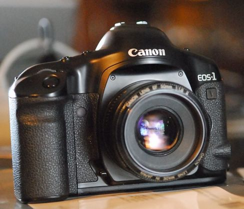 Последний пленочный аппарат Canon