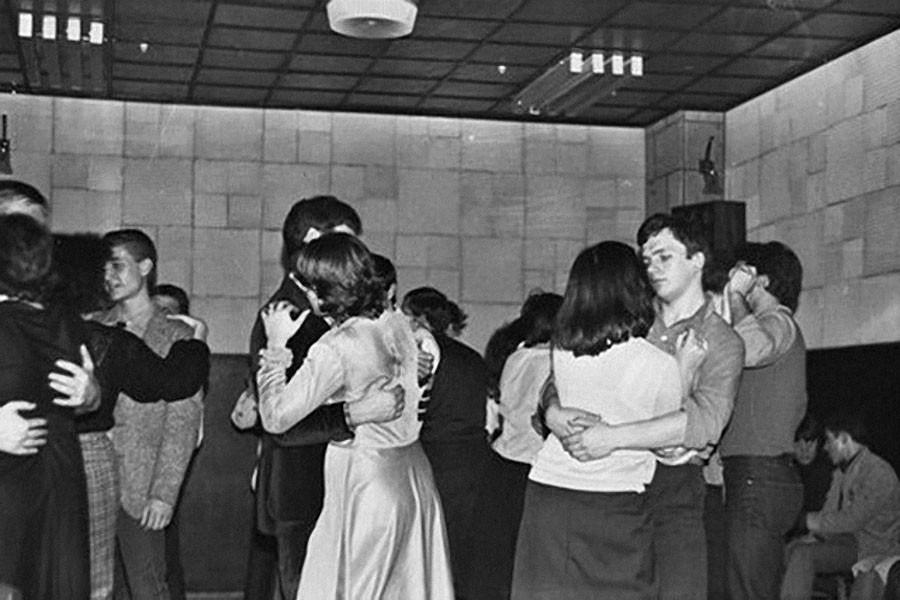 услуги дискотека восьмидесятых фото кочевой образ