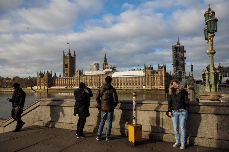 1. Великобритания: виза от $2,57 млн Стоимость, вид на жительство, внж, деньги, паспорт, страна, факты, цена