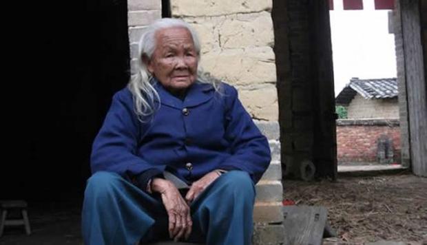 Не новость, но факт: 95-летняя китаянка через шесть дней после смерти выбралась из гроба