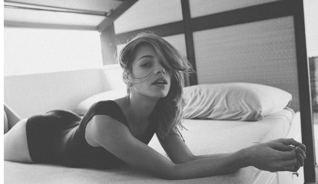 Марко Мичиелетто: черно-белое совершенство девушки