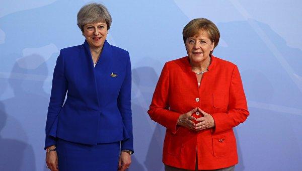 Ангела Меркель демонстративно унизила Терезу Мэй