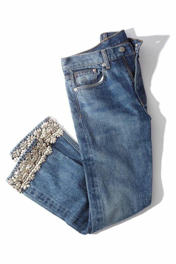 Вышедшие из моды джинсы рукодельница может превратить в супер модную вещь! Идея для вдохновения! должна, чтобы, именно, джинсы, очень, может, длина, замок, примерно, ближе, восточный, всегда, помпончики, джинсахЗдесь, делать, хорошо, молодых, конце, Хороши, Джинсы