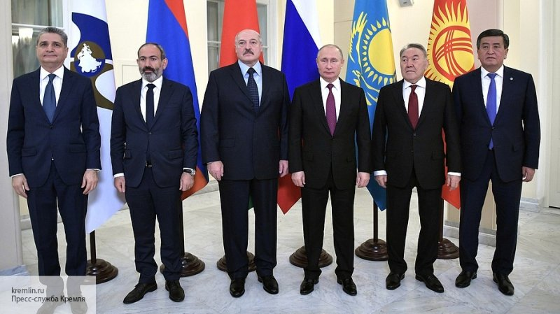 Лидеры стран ЕАЭС договорили…