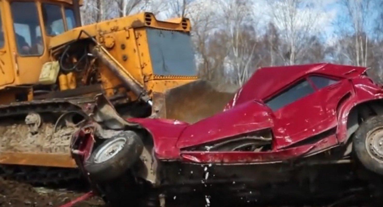 Блогеры показали противостояние «Жигулей» и бульдозера Автомобили