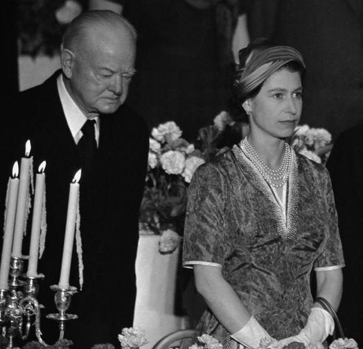 Елизавета II и президенты США