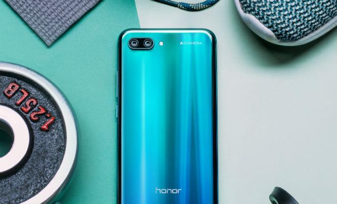 Honor 10: умен, силен, фотогеничен