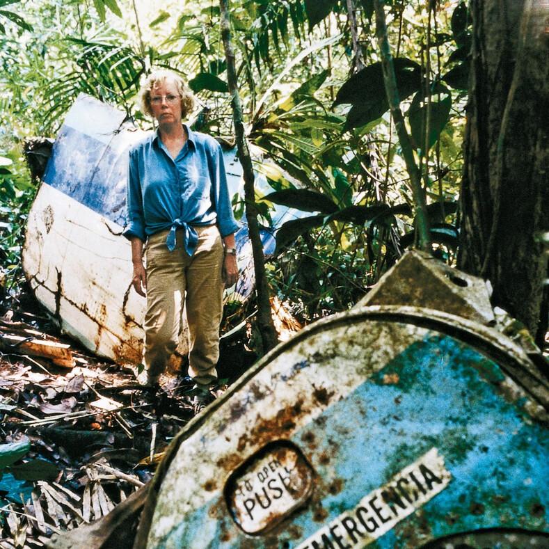 Уникальная история девушки, которая пережила авиакатастрофу и девять дней скиталась по джунглям в поисках спасения  авиакатастрофа,интересное,истории