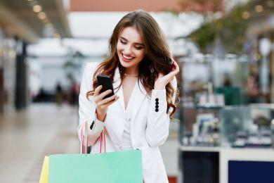 Шопинг с умом: как одеваться бюджетно и не выглядеть дёшево