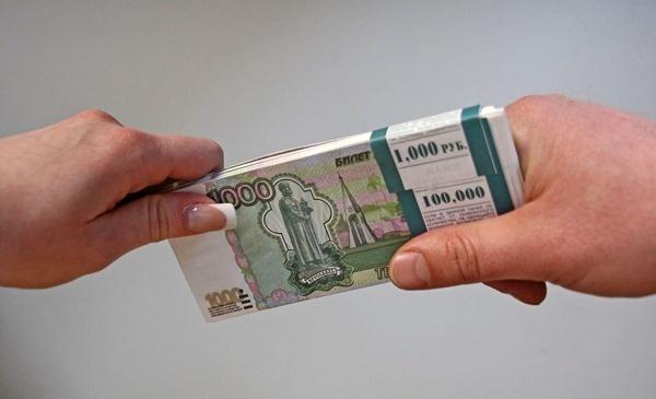Росстат: 11287 граждан России зарабатывают больше 1 млн рублей в месяц