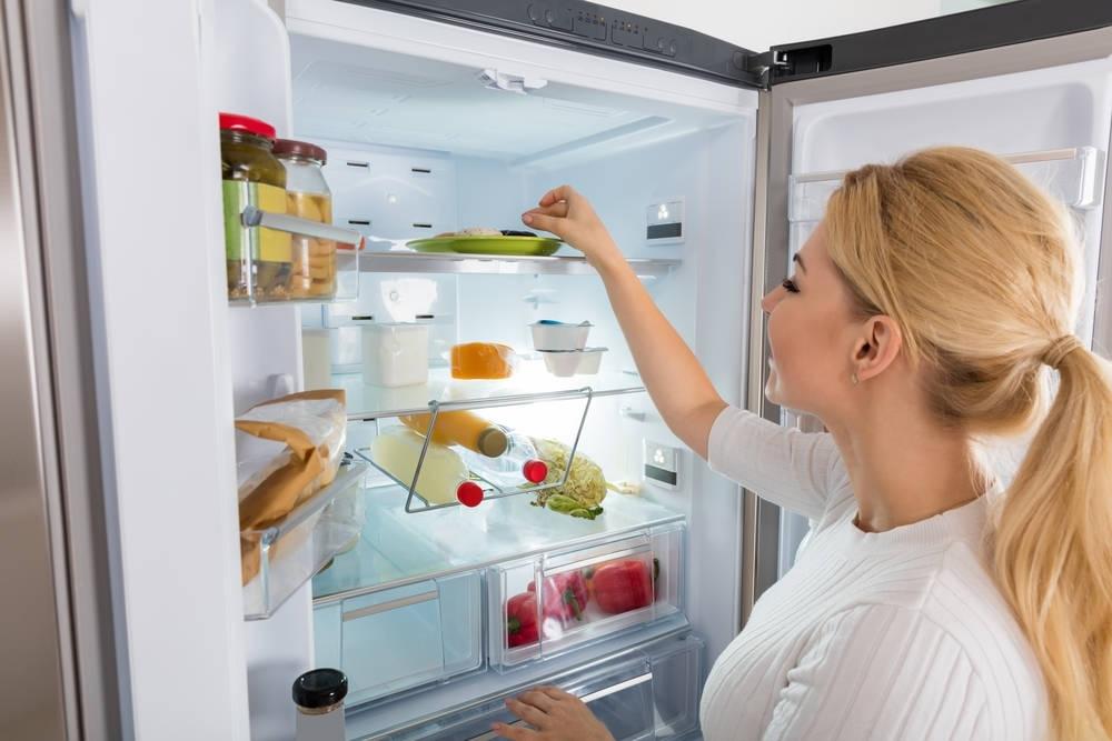 Совет от Мари Кондо: ваш холодильник должен быть пуст на 30% и вот почему