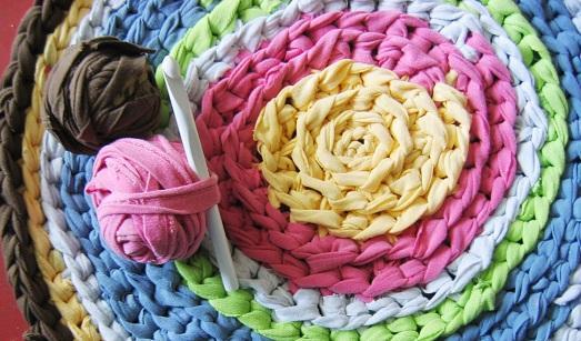 Делаем сами красивые коврики…