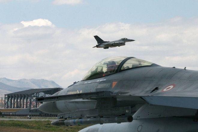 Россия «посадила» турецкие самолеты