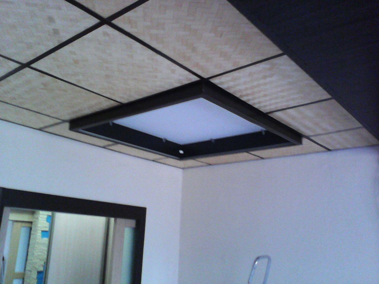 С неимоверным трудом прибиваю эту конструкцию из ЛДСП к потолку! ремонт, рукожопие, японский стиль