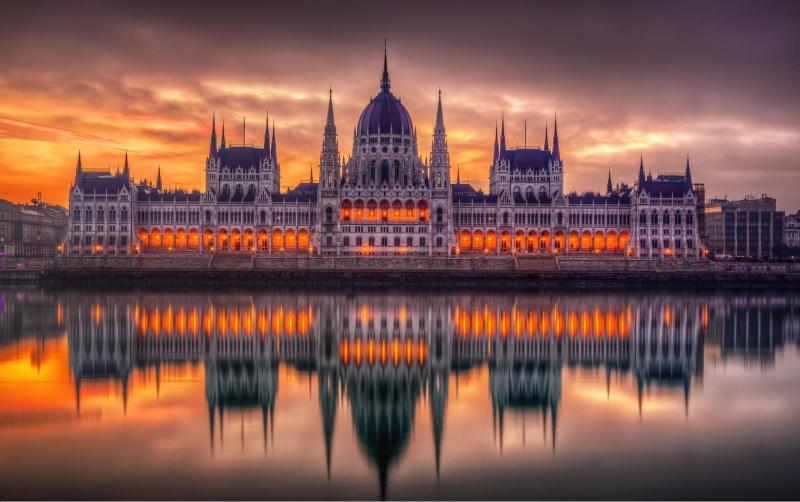 Венгрия - маленькая страна с…