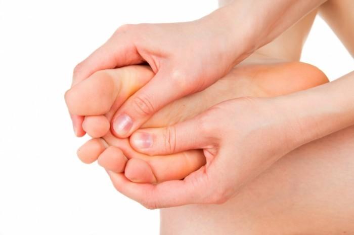 Картинки по запроÑу артрит большого пальца ноги