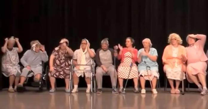 Коллектив бабушек-танцовщиц набрал больше 2 миллионов просмотров! 00