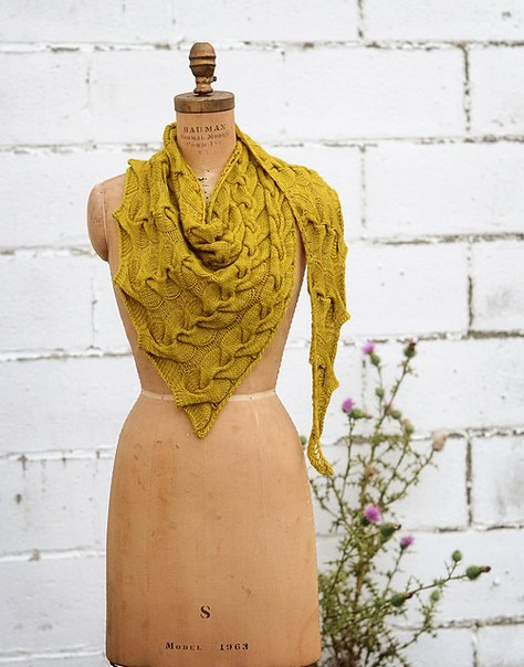 Шарф-платок спицами. Схема