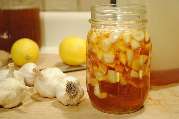 Лимон и мед для очистки сосудов