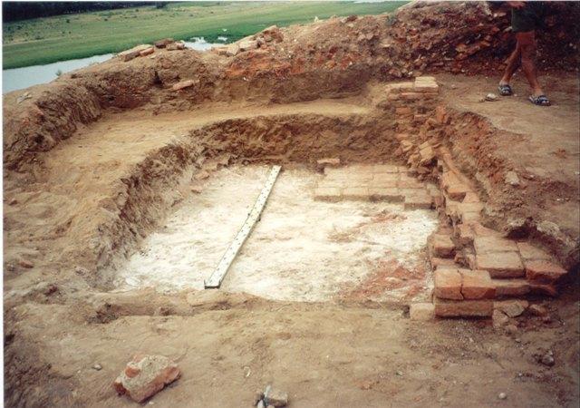 Раскопки минарета в столице Золотой Орды.