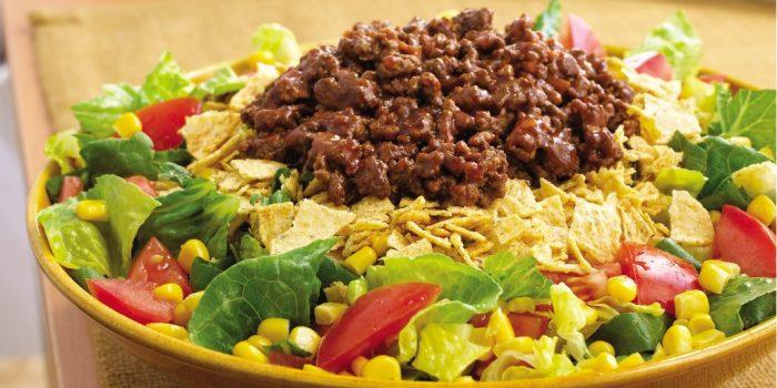 Мексиканский салат.  Фото: