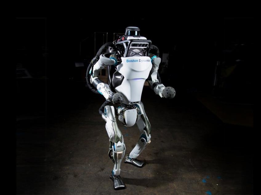 Робот Atlas компании Boston Dynamics занялся паркуром